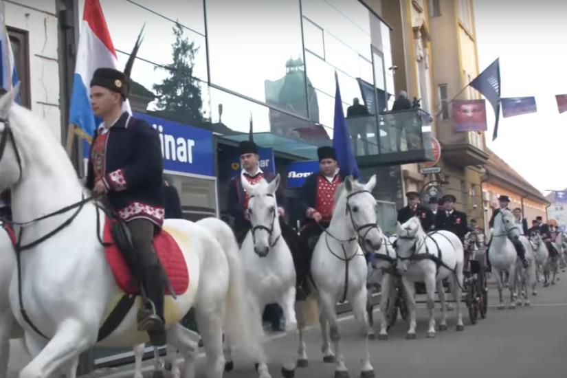 U pokladnoj povorci 25. đakovačkih bušara 40 skupina iz Hrvatske, BiH i Mađarske