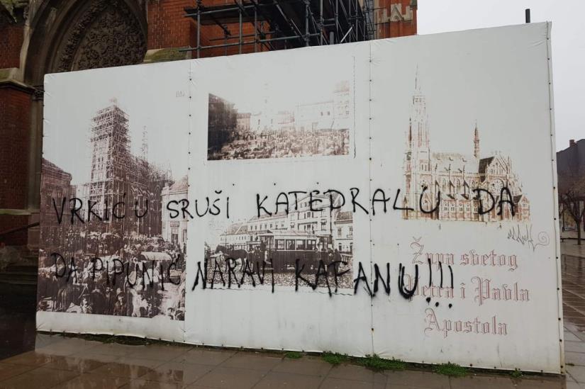 Uz katedralu osvanuo 'zanimljiv' grafit