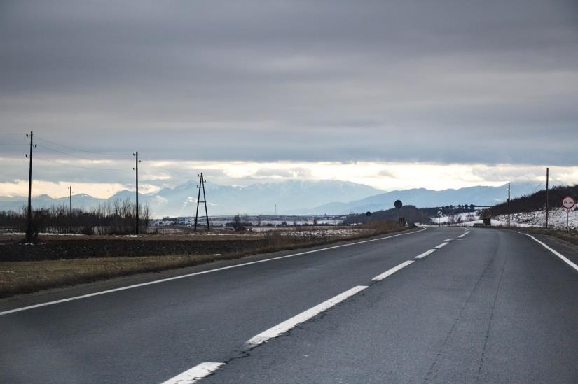 Stanje na cestama: Mjestimice mokri kolnici