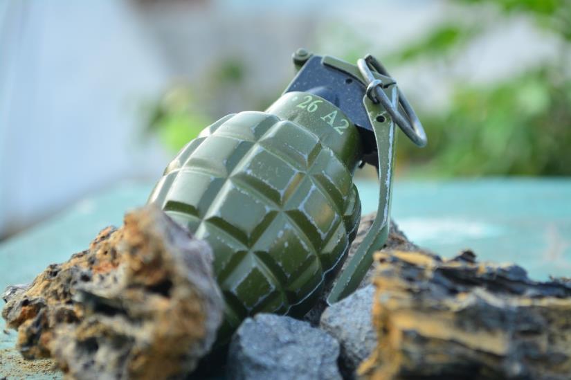 U Osijeku pronađena ručna bomba