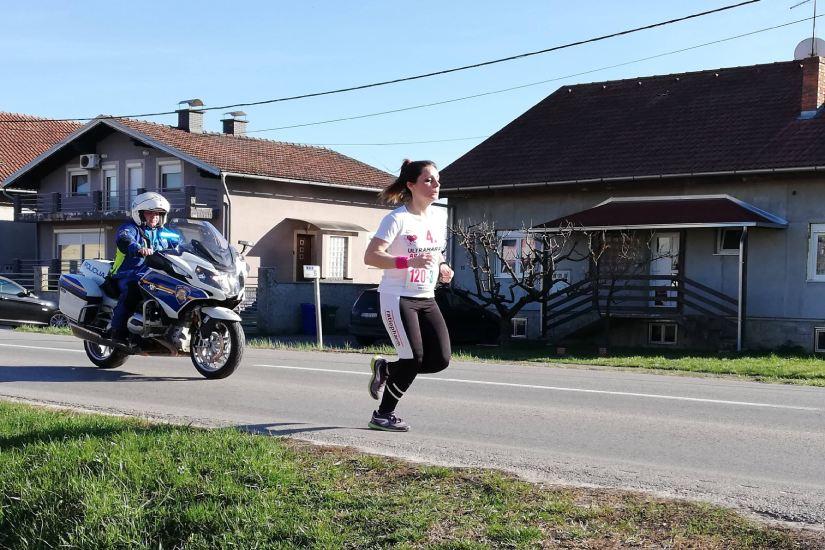 4. Međunarodni prekogranični ultramaraton Apatin – Osijek (50 km)