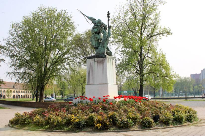 Osijek – zeleni grad: Video 'slide' fotografija iz vremena sedamdesetih :)