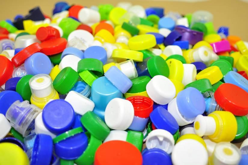 """""""Plastičnim čepovima do skupih lijekova"""""""